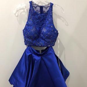 Ellie Wilde short, royal blue two piece dress!